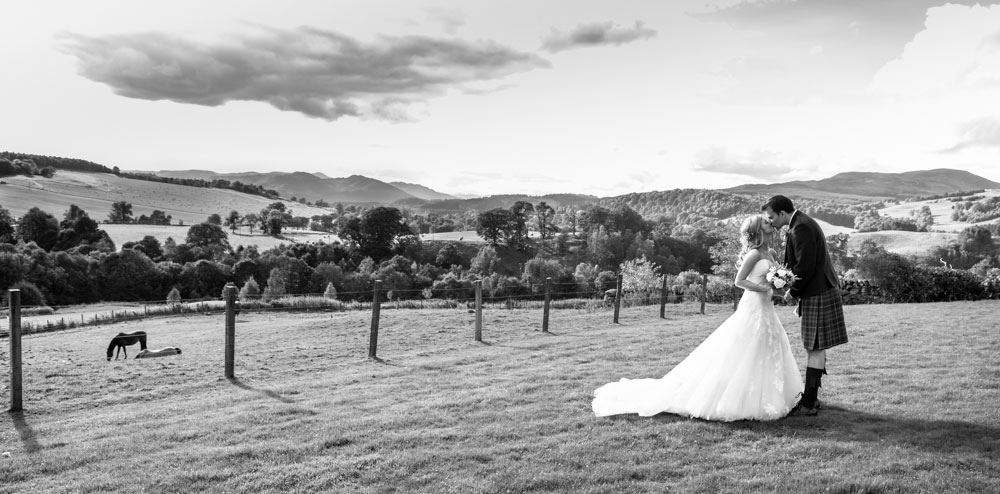 wedding photographer edinburgh scotland